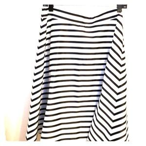 A-line black and white striped skirt